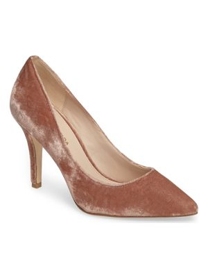 PELLE MODA Vally2 Pointy Toe Pump