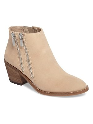 SOLE SOCIETY Bonny Three Zip Bootie