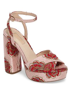 TOPSHOP Lollie Embroidered Sandals