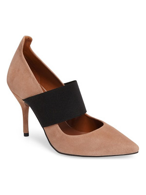 TOPSHOP Pointy Toe Pump