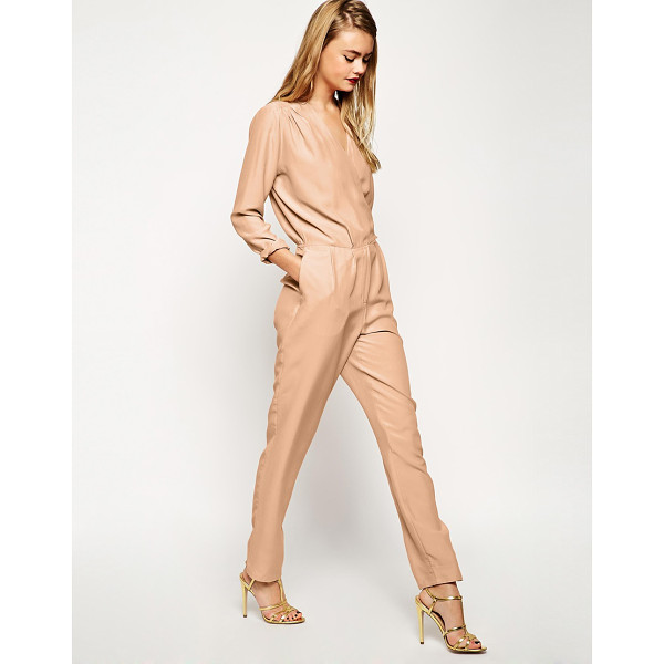 ASOS Casual utility jumpsuit in oversized relaxed fit - Jumpsuit by ASOS Collection Super silky fabric V-neckline,...