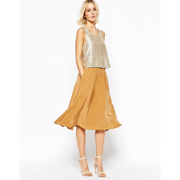 GESTUZ Fluid Flippy Skirt in Silk - Skirt by Gestuz, Lightweight silk, Fully lined, Stretch...