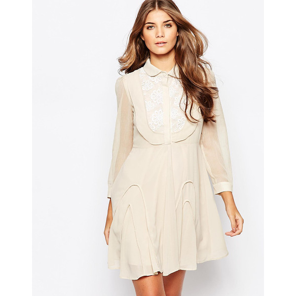 JOVONNA PREMIER Go with the flow dress with crochet detail - Casual dress by Jovanna Premier, Lined chiffon, Soft...