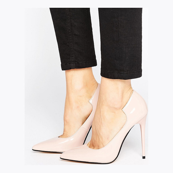 LOST INK Freya Light Pink Curved Pumps - Heels by Lost Ink, Faux leather upper, Patent finish,