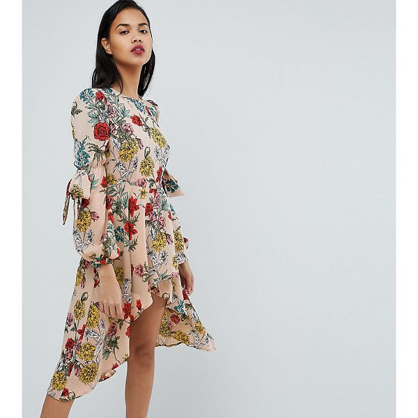 PRETTYLITTLETHING Floral Midi Dress - Midi dress by PrettyLittleThing, Round neck, All-over...
