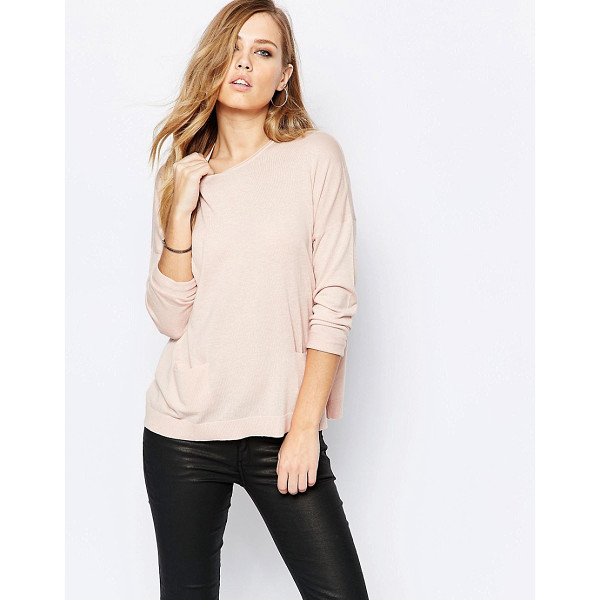 SISLEY Lightweight knit in soft pink - Sweater by Sisley Lightweight knit Round neckline Dropped...