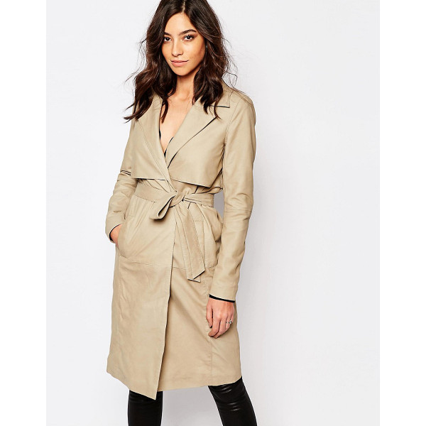 Y.A.S Willow leather trench coat - Jacket by Y.A.S. Smooth leather Lined design Notch lapel...