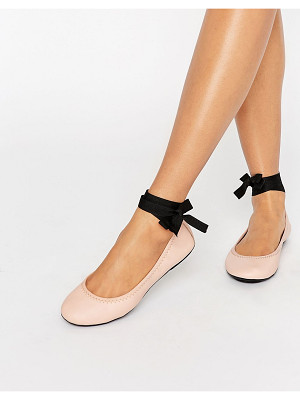 LONDON REBEL Tie Up Leather Ballerina