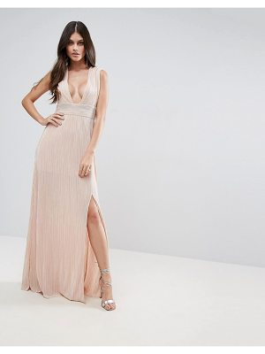 MISSGUIDED Pleated Plunge Maxi Dress