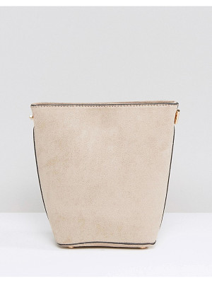 New Look Chain Suedette Bucket Bag