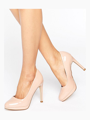 NEW LOOK Patent Round Toe Court Shoe