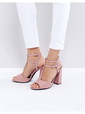 NEW LOOK Suedette T Bar Block Heeled Sandal