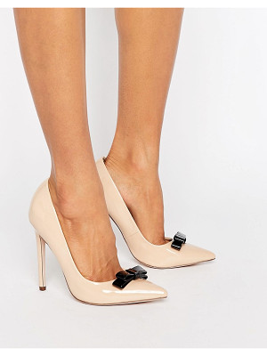 Paper Dolls Bow Pumps