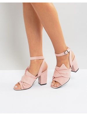 PARK LANE Oversized Knot Front Heel Sandals