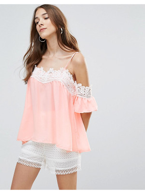 QED LONDON Lace Neck Trim Top