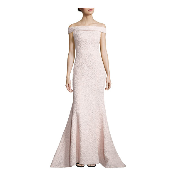 ALBERTO MAKALI textured off-the-shoulder gown - Shoulder-skimming neckline accents mermaid gown....