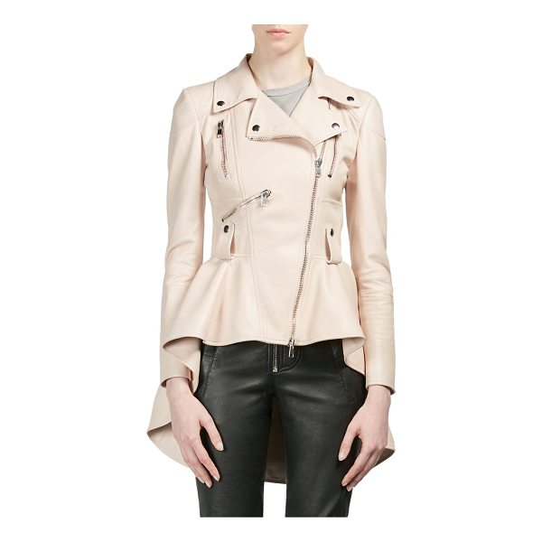 ALEXANDER MCQUEEN leather peplum moto jacket - Zippers elevate peplum style moto jacket. Notch lapels....