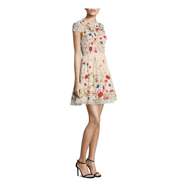 ALICE + OLIVIA ariel embroidered dress - Gorgeous dress with embroidered floral patterns. Round...