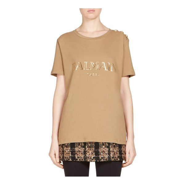 BALMAIN buttoned logo tee - On-trend relaxed tee in metallic and decorative button...