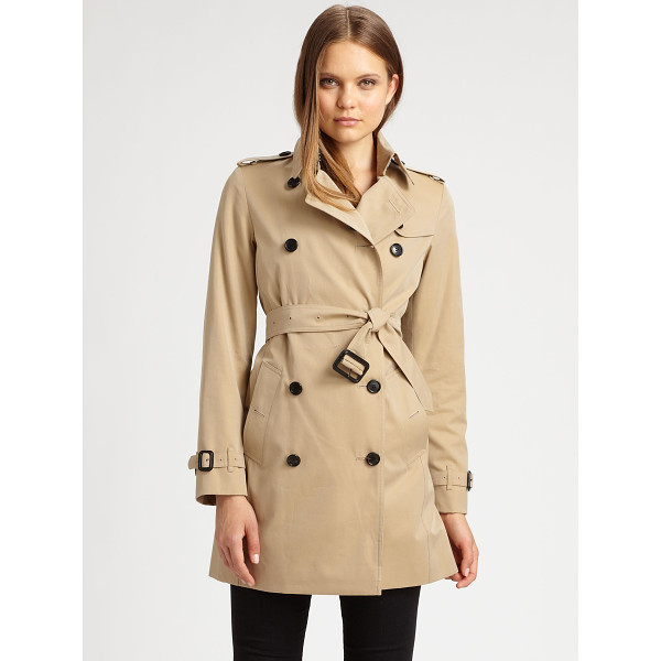 BURBERRY LONDON Buckingham trench - This classic style is rendered in finespun cotton gabardine...