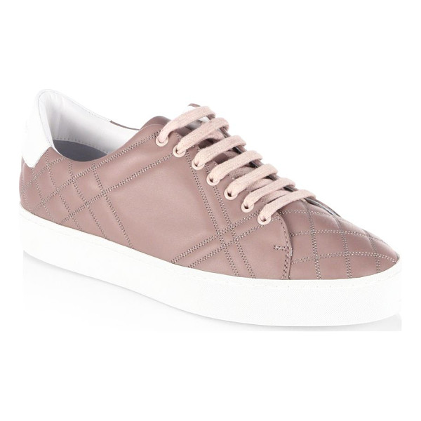 BURBERRY westford quilted leather check sneakers - Quilted vamp highlights these leather sneaker. Grain...