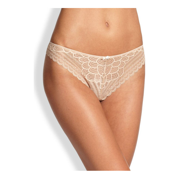 CHANTELLE merci tanga - Scalloped lace edges and a sexy back keyhole define this...