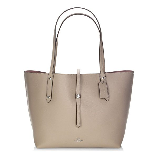 COACH polished pebbled leather market tote - Voluminous market tote cut in pebbled leather. Double top...