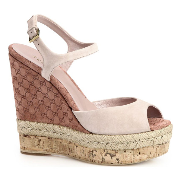 GUCCI Hollie suede cork wedge sandals - Combination wedge made of natural cord, logo-embossed suede...