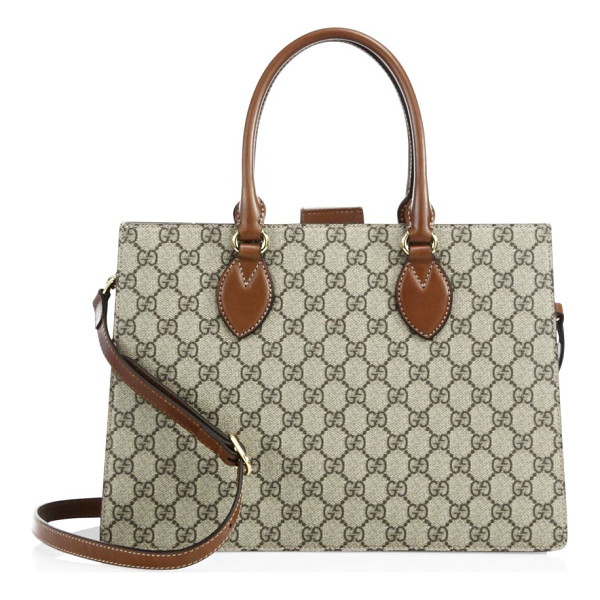 GUCCI leather crossbody tote - Add a stylish charm to your appearance with this tote.