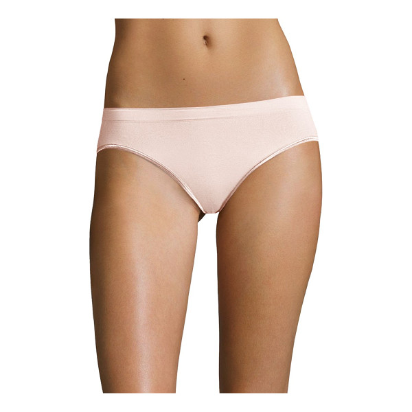 HANRO high-cut brief - Breathable, buttery soft touch feeling high-cut brief....