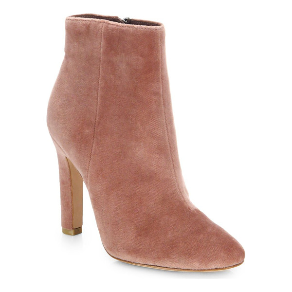 JOIE hachiro velvet booties - Sophisticated booties shaped frluxurious velvet....