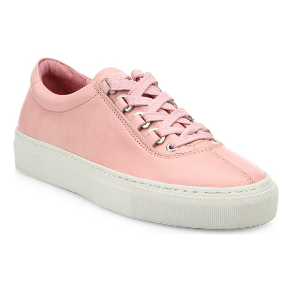 K-SWISS court classico leather sneakers - Streamlined sneakers crafted from genuine leather. Leather...