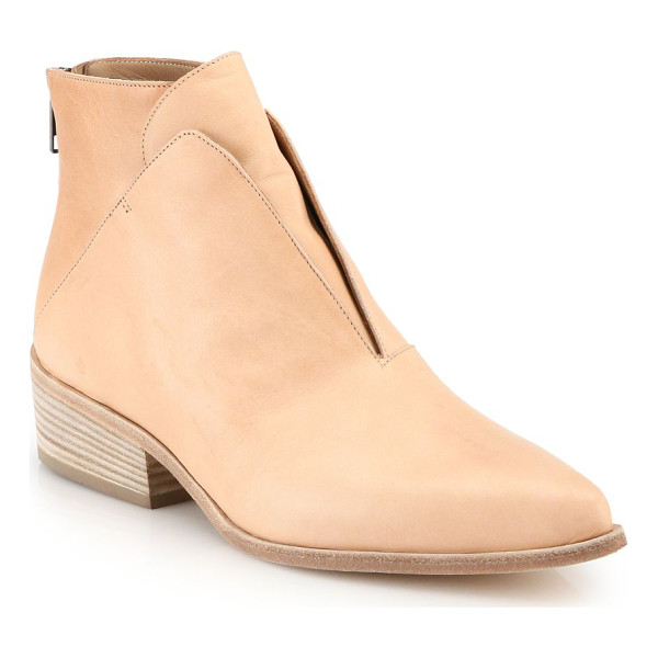 LD TUTTLE Ash geometric ankle boots - Italian ankle boots punctuated by a slick point toe....