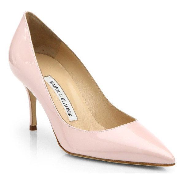 MANOLO BLAHNIK Nausikaba scooped patent leather pumps - The refined tailoring of this single-sole pump in...