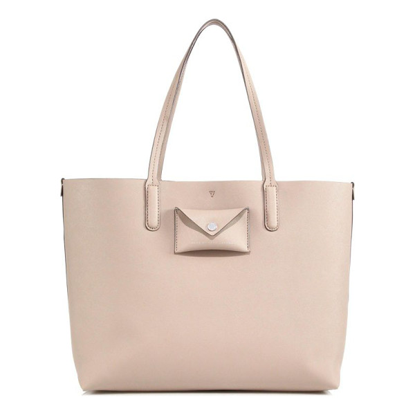MARC BY MARC JACOBS Metropolitote saffiano leather tote - Spacious and beautifully crafted, this classic silhouette...
