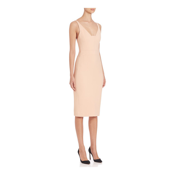 NARCISO RODRIGUEZ fitted nude dress - Super chic fitted dress, with an exposed back zip.V-neck....