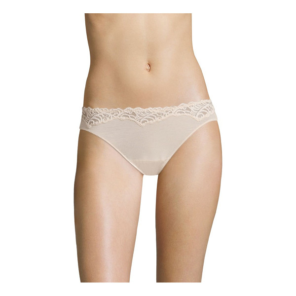 NATORI FOUNDATIONS feathers essence low-rise bikini panty - Features soft stretch lace trim at waist with sewn-on...
