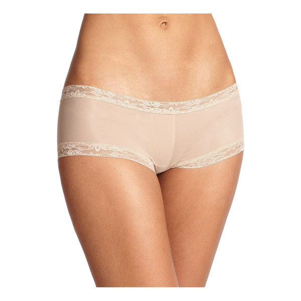 NATORI FOUNDATIONS Bliss smooth girl short - Trimmed in lace for a sumptuous touch, a smooth, low-rise...