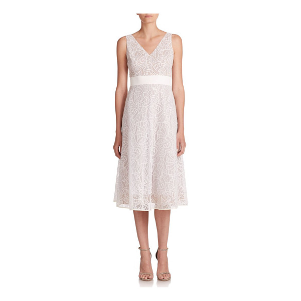 NHA KHANH Beth lace & tulle dress - Beautiful lace with tulle backing comprises this elegant...
