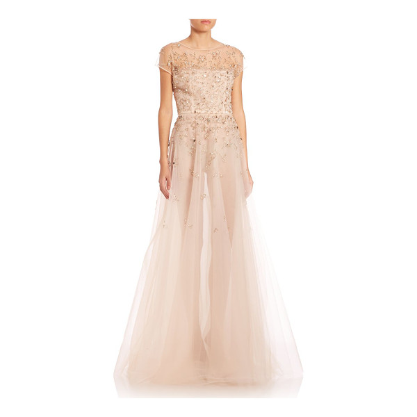 OSCAR DE LA RENTA Gold-embellished tulle overlay short sleeve silk gown - Silk gown beautified by hand-embellished sequins. Boat...