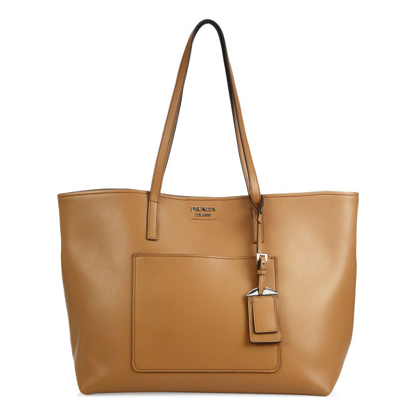 PRADA city leather tote - Wide leather tote in smooth leather with removable pouch....