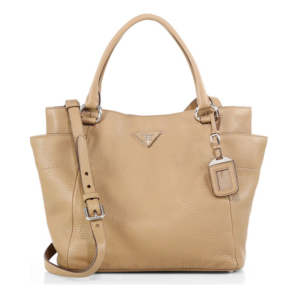 PRADA Daino side-pocket hobo bag - Lightly structured in rich pebbled leather, this everyday...