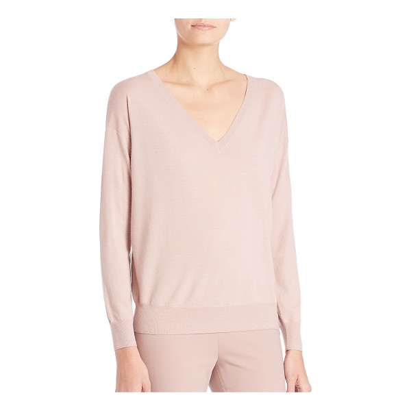 RALPH LAUREN COLLECTION easy wool pullover - Go-to pullover, in lightweight, drapey merino.V-neck. Long...
