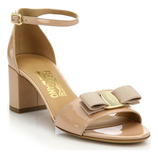 SALVATORE FERRAGAMO gavina patent leather block heel sandals - Signature bow and hardware charm patent leather sandal.