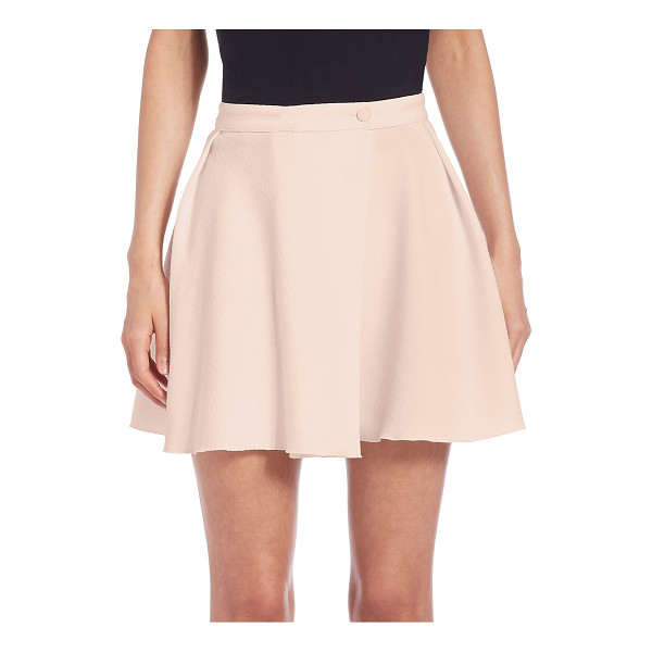 SEE BY CHLOE solid crepe skort - Vibrant skort designed with cute ruffles. Banded waist....
