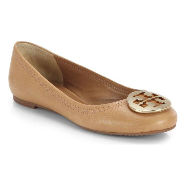 TORY BURCH reva leather ballet flats - A signature goldtone logo ornament adorns the vamp of this...