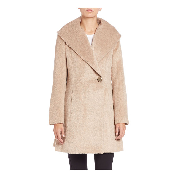 TRINA TURK Bonnie fit-&-flare coat - An oversized collar and flared silhouette add visual...