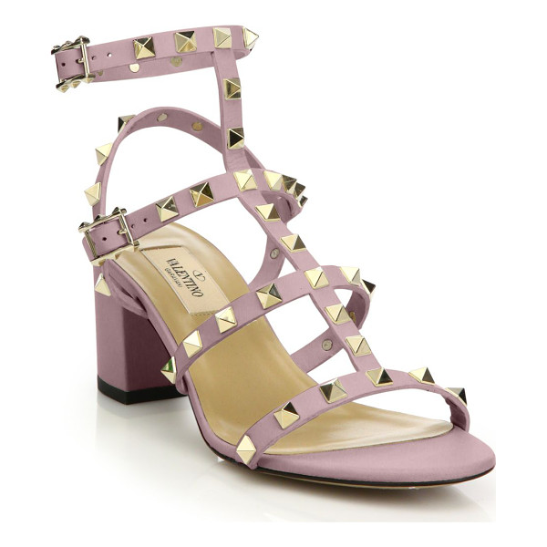 VALENTINO rockstud leather block heel sandals - Leather T-strap silhouette with high-shine metal pyramid