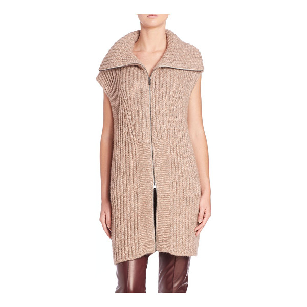 VINCE Funnelneck long vest - A cozy woven vest in a plush...