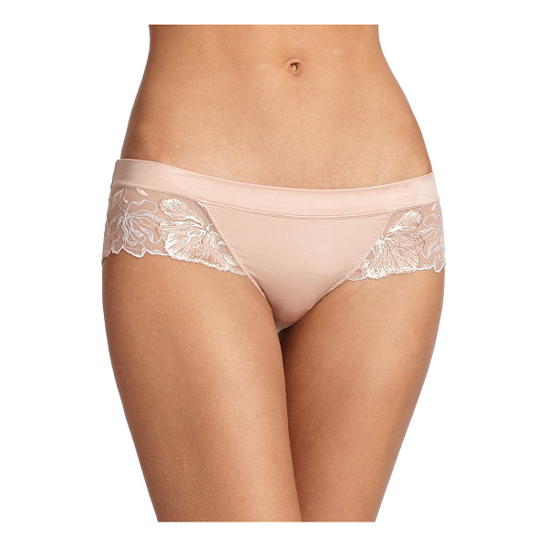 WACOAL In bloom tanga - Sexy yet sophisticated, a low-rise silhouette featuring a...